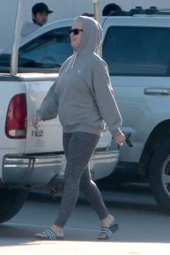 Katy Perry - Wearing All Grey at a Gas Station Shop in California