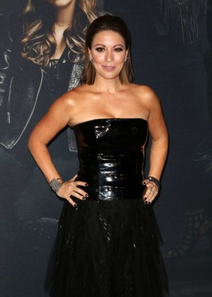 Kay Cannon - 'Pitch Perfect 3' Premiere in Los Angeles