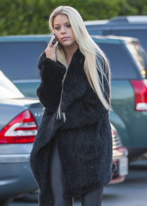Kaylyn Slevin - Out and about in Calabasas