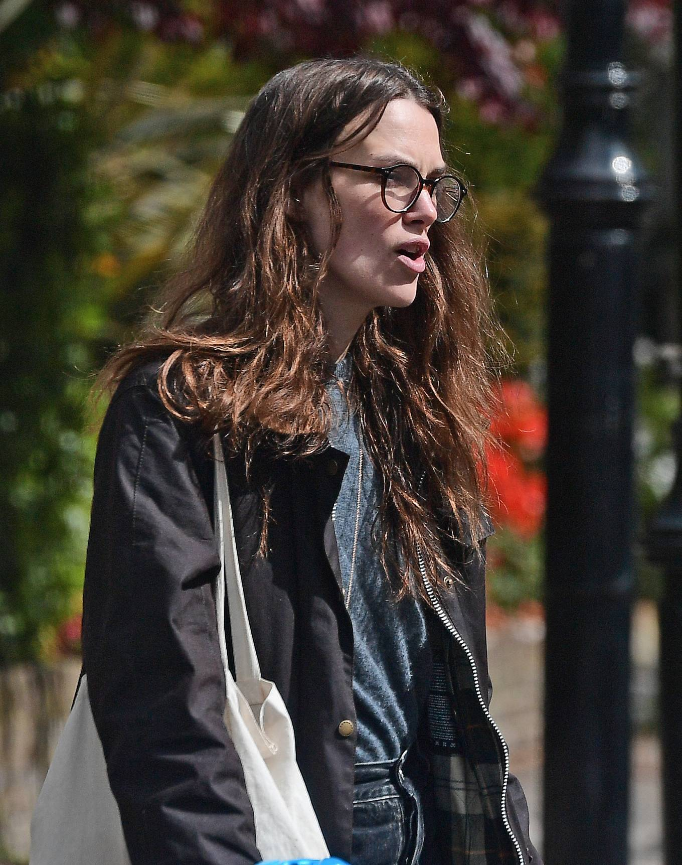 Keira Knightley 2021 : Keira Knightley – out in Bromley-10