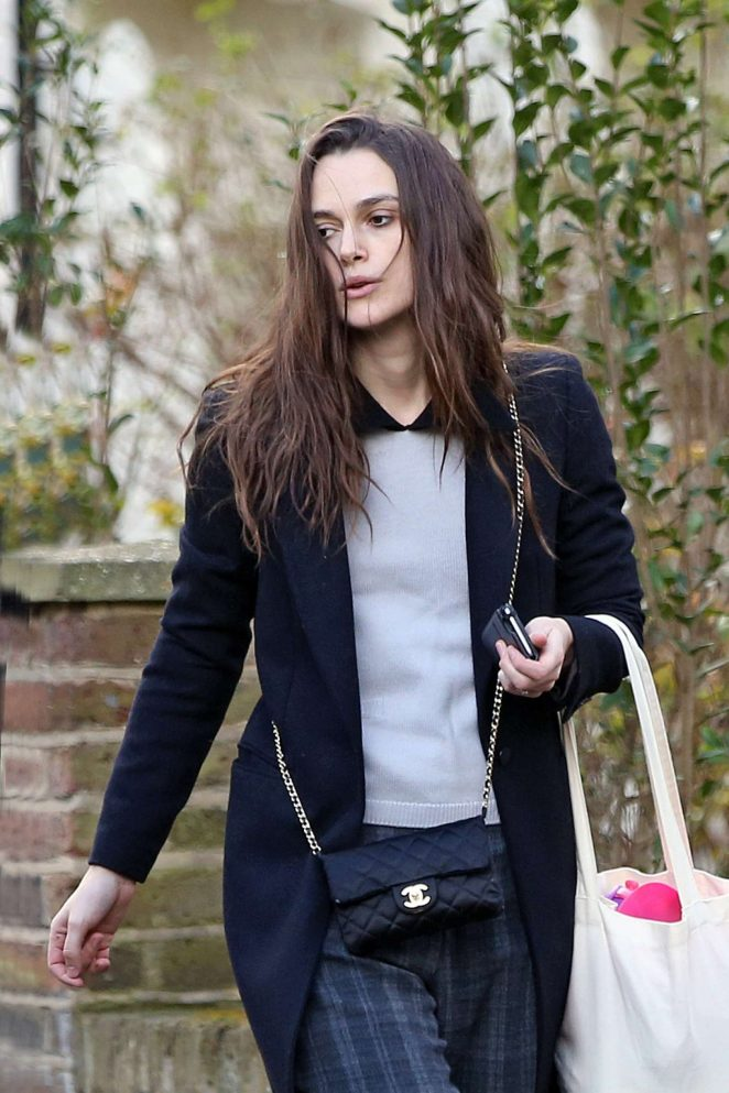 Keira Knightley out with her family