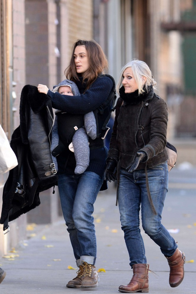Keira Knightley With Her Daughter 24 Gotceleb