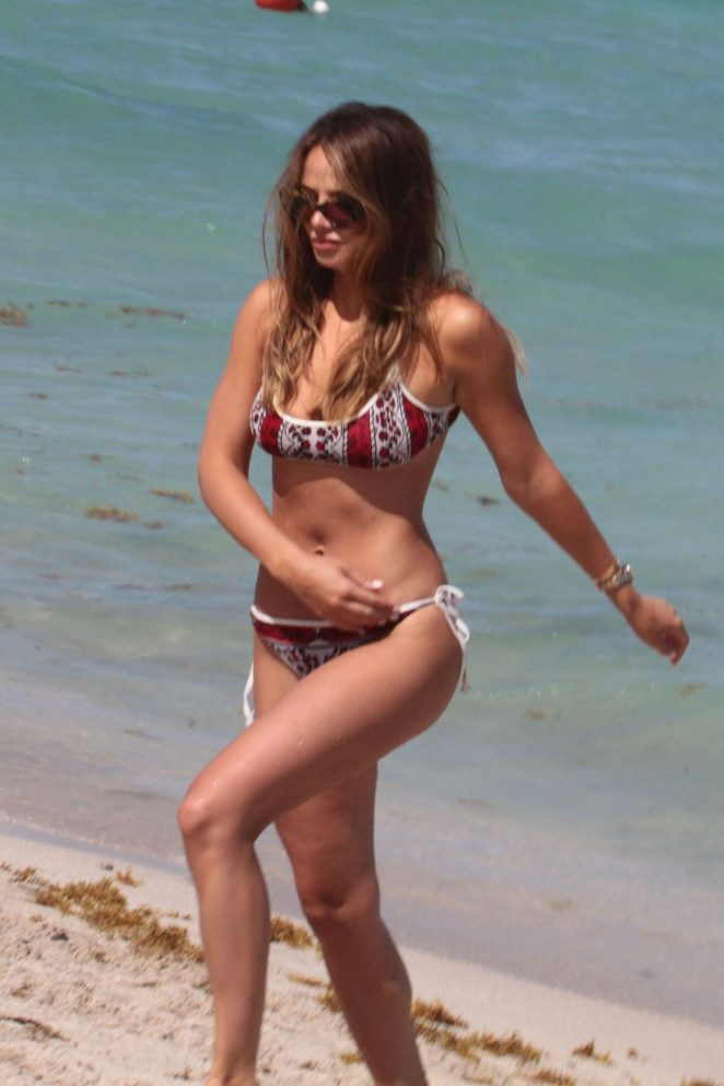 Keleigh Sperry in Bikini on the beach in Mexico Pic 13 of 35