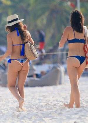 Keleigh Sperry in Bikini on the beach in Mexico Pic 31 of 35