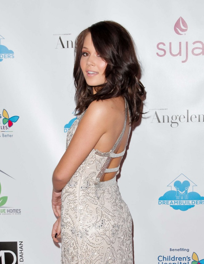 Kelli Berglund: 3rd Annual A Brighter Future For Children Charity Gala -06