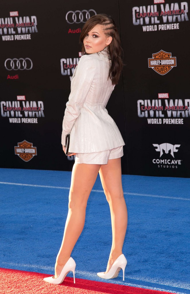 Kelli Berglund - 'Captain America: Civil War' Premiere in Hollywood