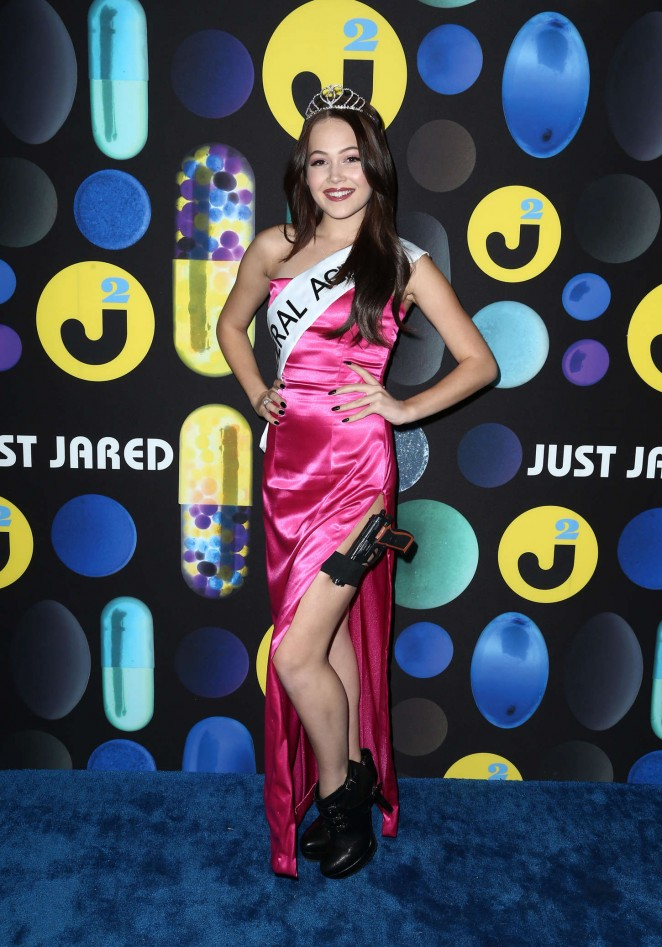 Kelli Berglund - Just Jared Halloween Party in Hollywood