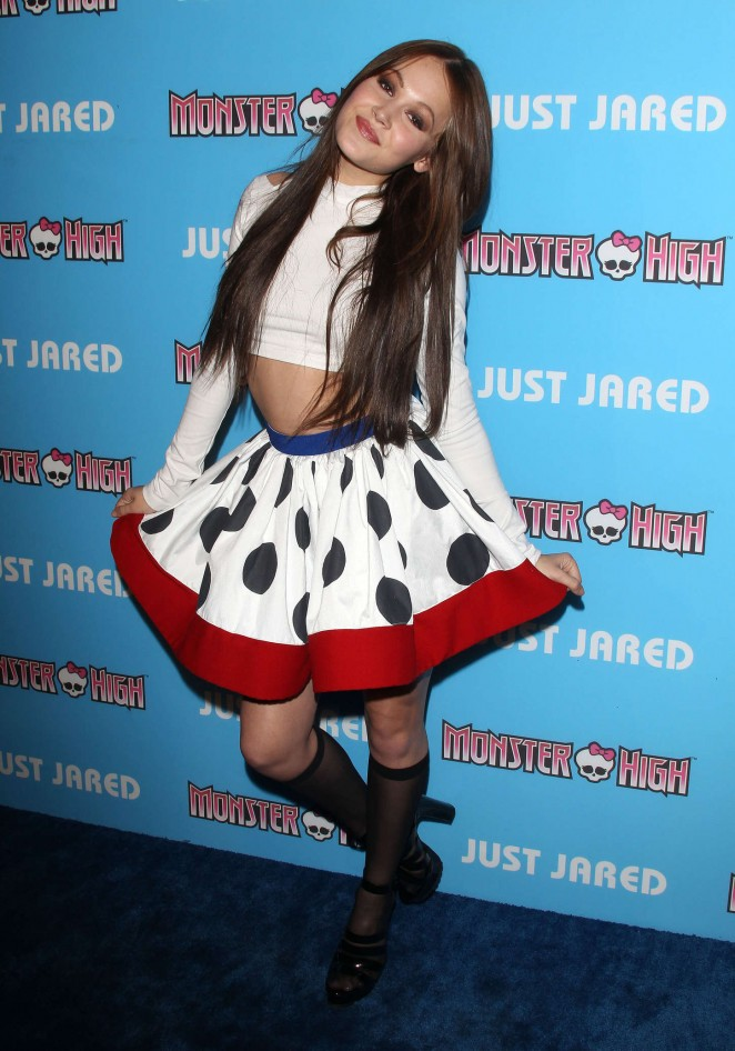 Kelli Berglund - Just Jared's Throwback Thursday Party in LA