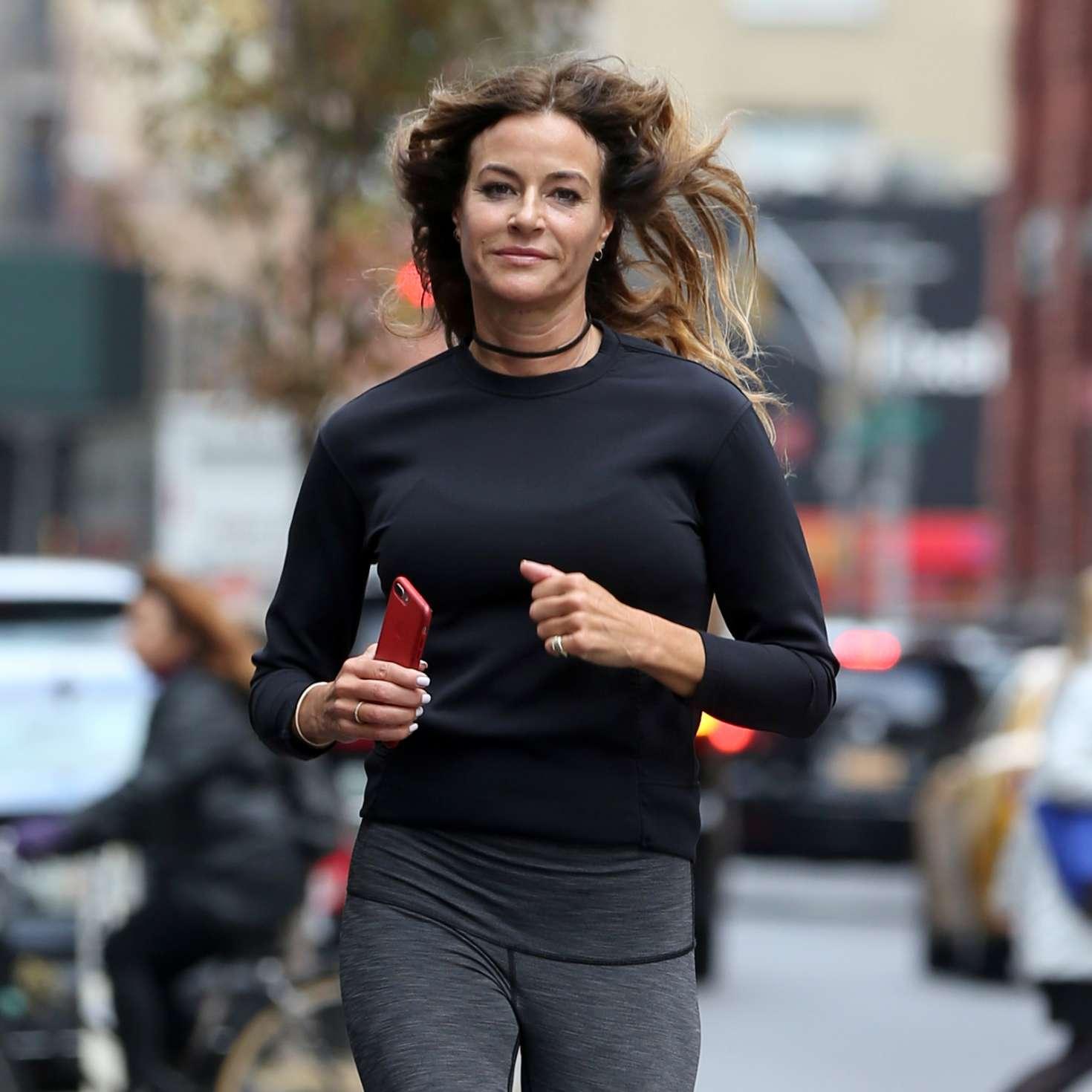 Kelly Bensimon 2017 : Kelly Bensimon: Goes for a jog in NYC -06
