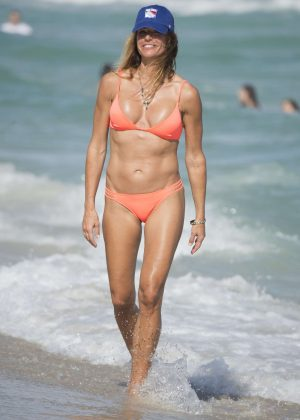 Kelly Bensimon in Bikini on a Christmas day in Miami