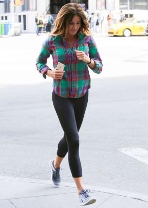 Kelly Bensimon in Leggings Jogging in NY