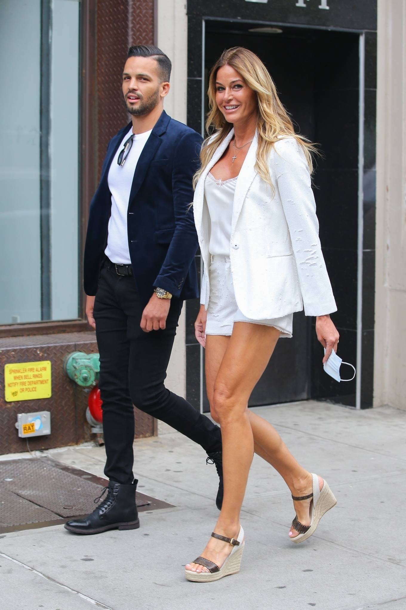 Kelly Bensimon 2021 : Kelly Bensimon – Out for a stroll with a friend in New York-10