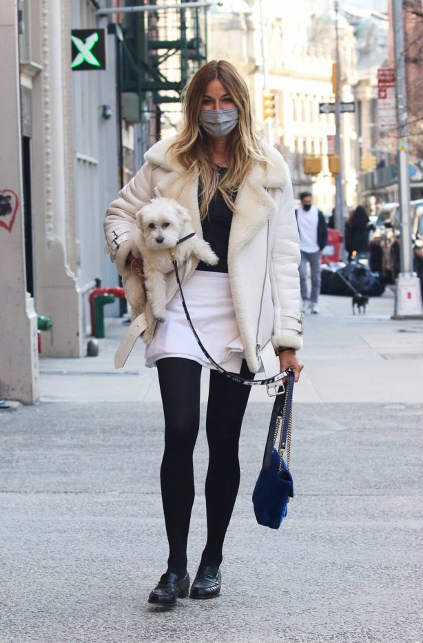 Kelly Bensimon - Seen carrying her dog in NYC