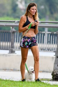 Kelly Bensimon - Walk her dog around Palm Beach