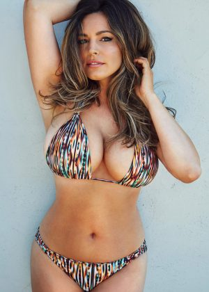 Kelly Brook - 2017 Calendar Official