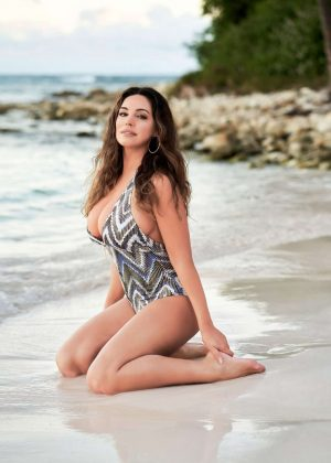 Kelly Brook - 2019 Official Calendar