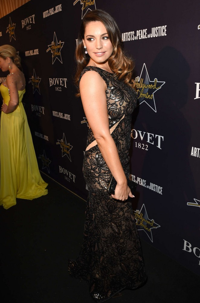 Kelly Brook: 2015 Hollywood Domino Gala -03