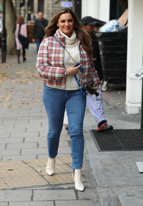 Kelly Brook - Arrives at Heart Radio show in London