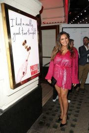 Kelly Brook - Arrives at the Pretty Women Press Night in London