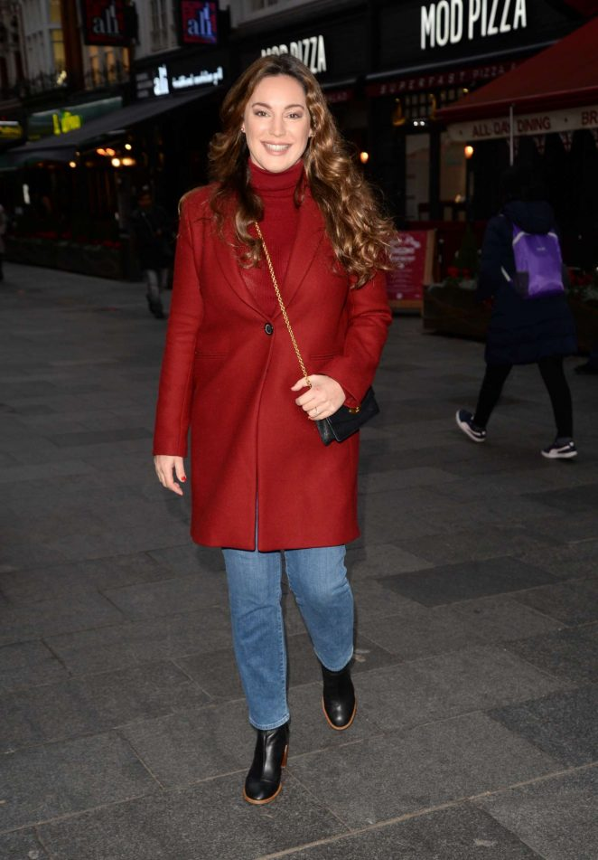 Kelly Brook: Arriving at Global House -02