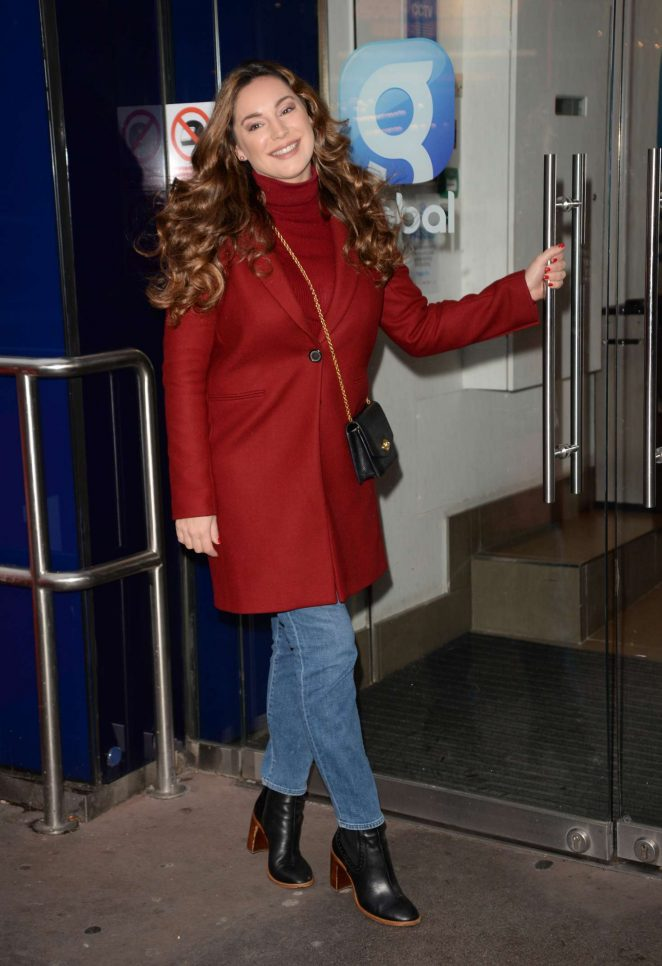 Kelly Brook: Arriving at Global House -03