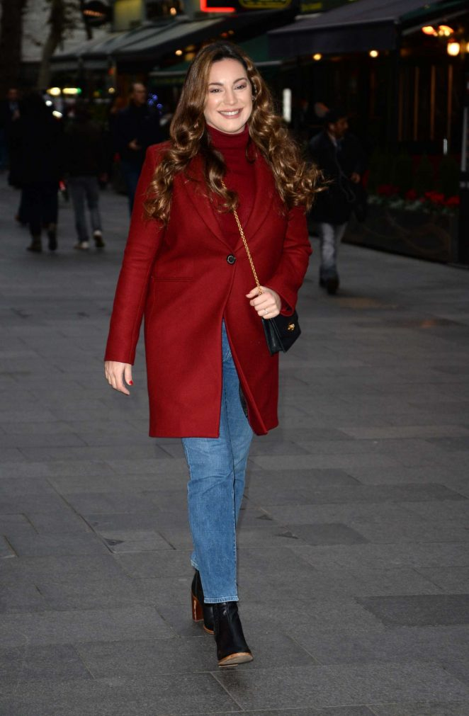 Kelly Brook: Arriving at Global House -06