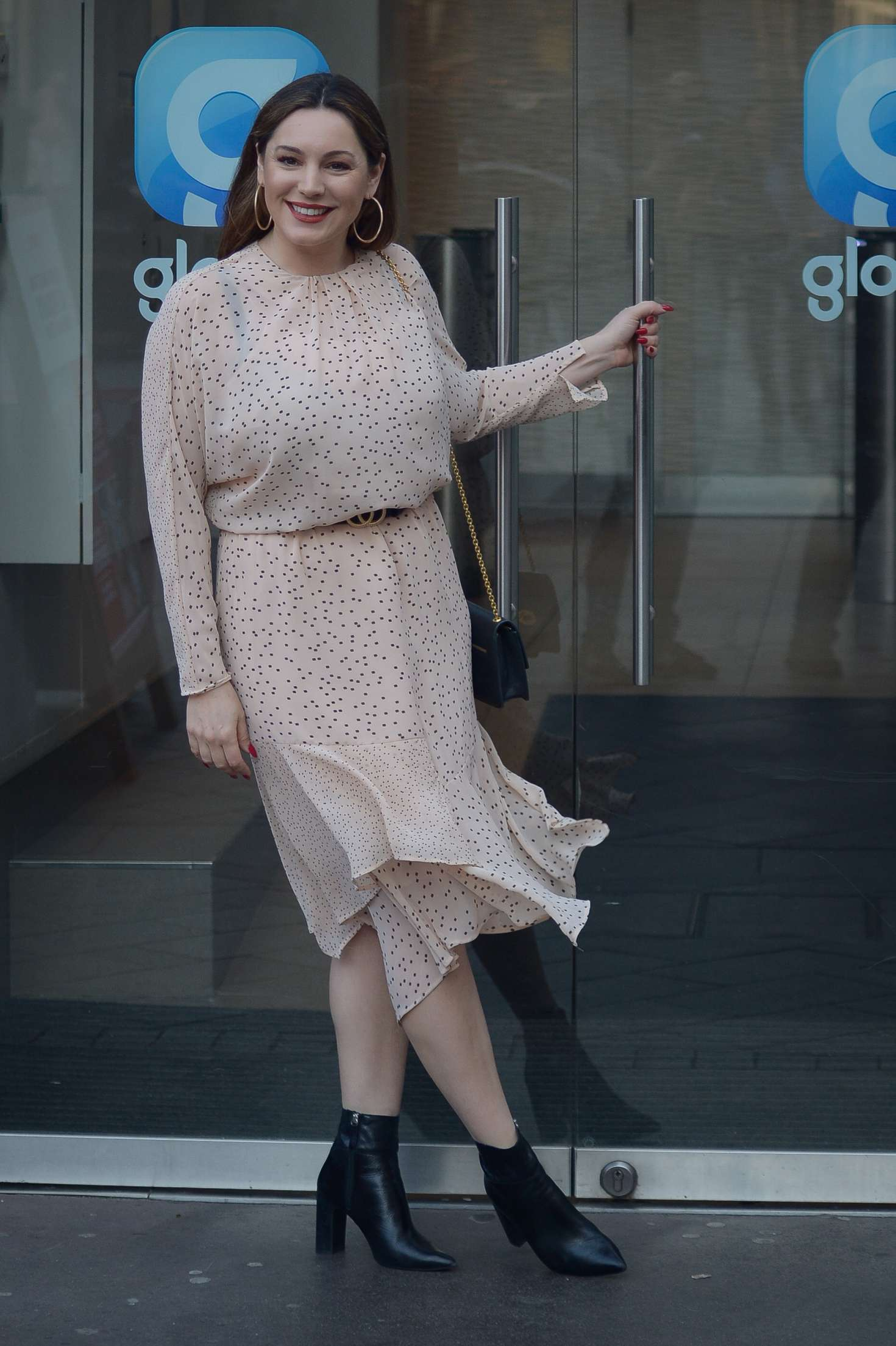 Kelly Brook 2019 : Kelly Brook: Arriving at Global Show in London -04
