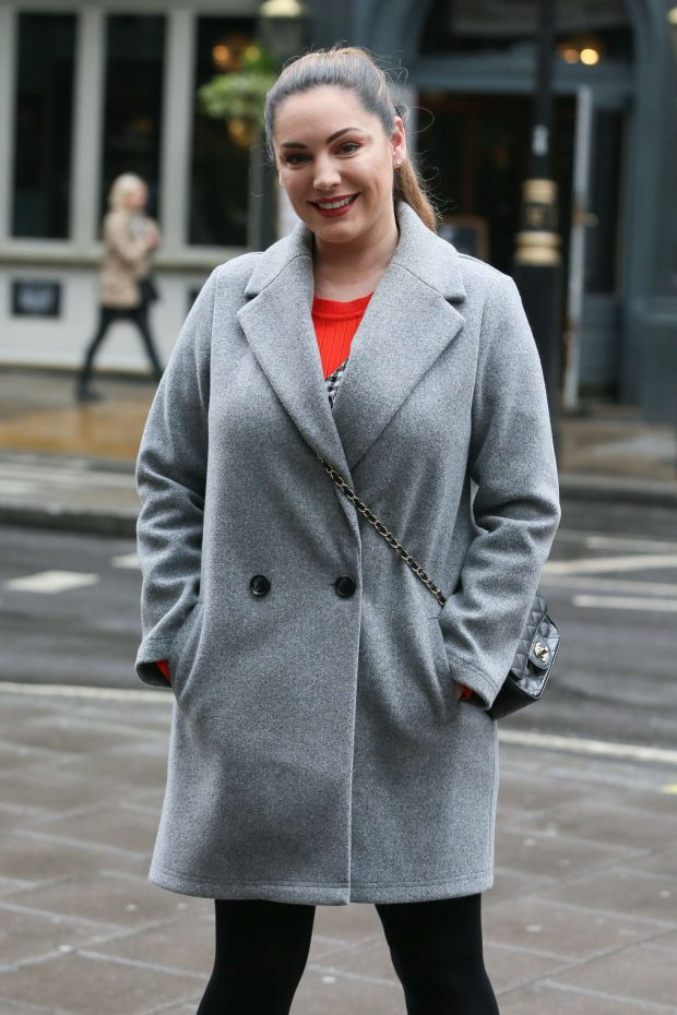 Kelly Brook - Arriving at Global Show to present the Heart Radio Show in London