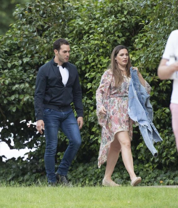 Kelly Brook 2019 : Kelly Brook – Arriving for the House Festival in Hampstead-03