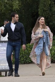 Kelly Brook - Arriving for the House Festival in Hampstead