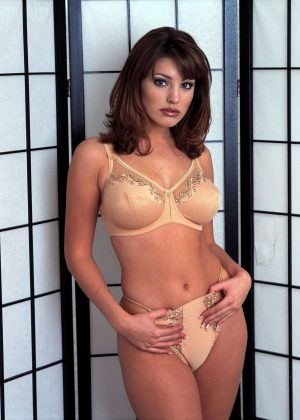Kelly Brook by Jeany Savage Shoot 1998