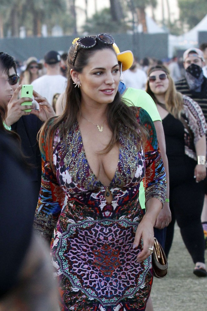 Kelly Brook – Coachella Music Festival Weekend 2 in Indio