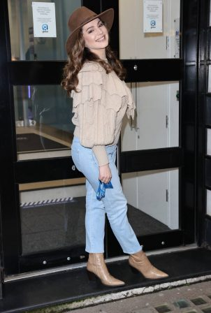 Kelly Brook - In denim arriving at Heart Radio Studios in London