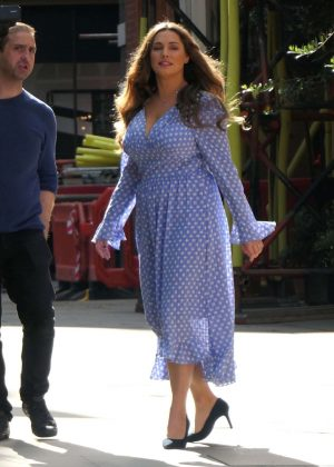 Kelly Brook in Long Dress - Filming in London