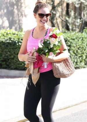 Kelly Brook in Spandex Heads to Gym in Los Angeles
