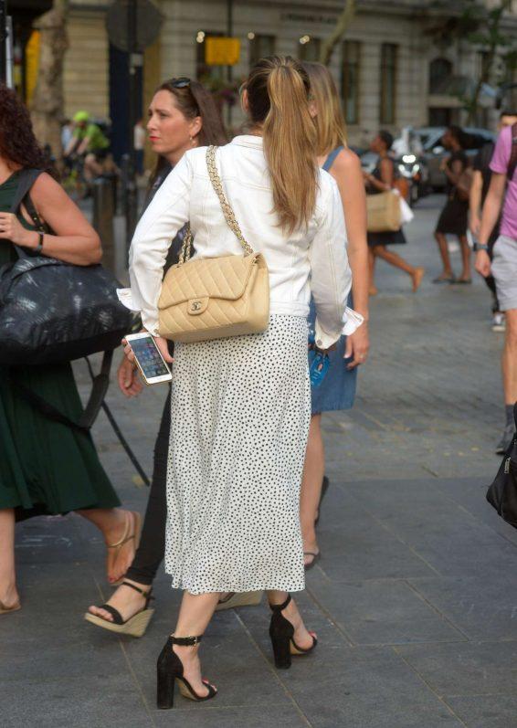 Kelly Brook 2019 : Kelly Brook in Summer Skirt-03
