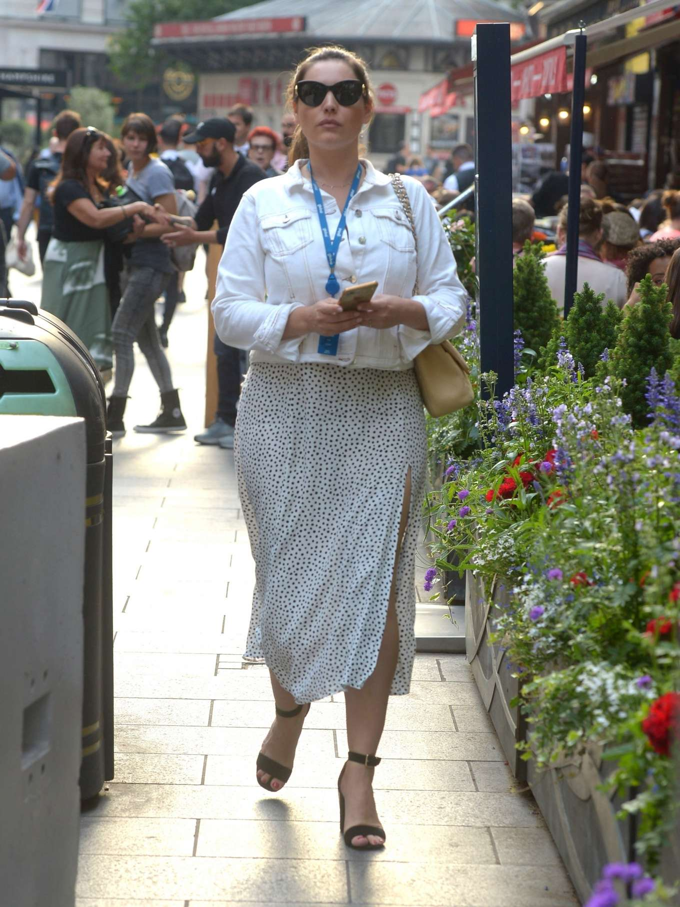 Kelly Brook 2019 : Kelly Brook in Summer Skirt-09