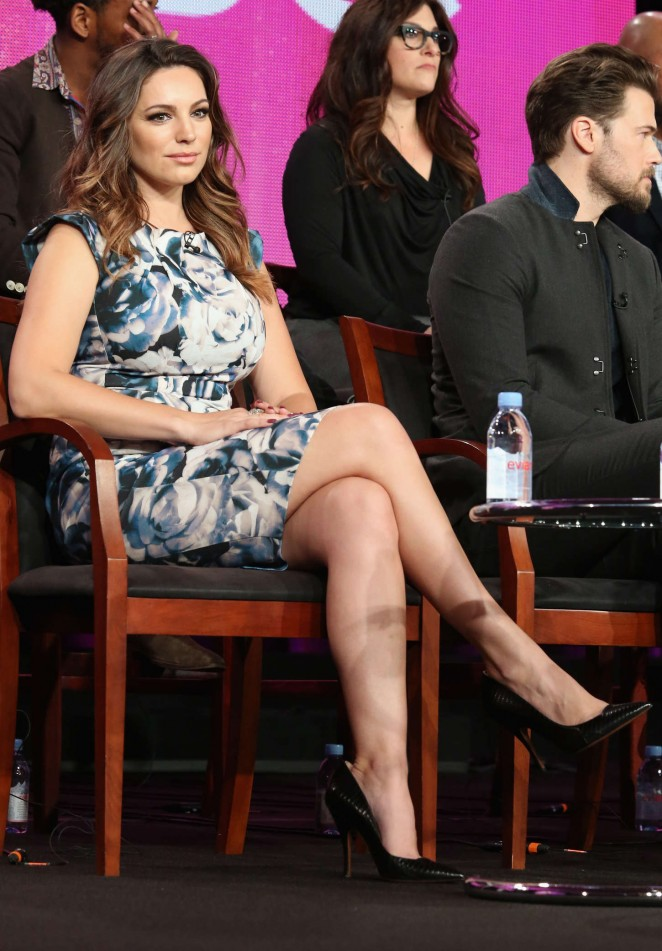 "Kelly Brook - ""One Big Happy"" Panel TCA Press Tour in Pasadena"