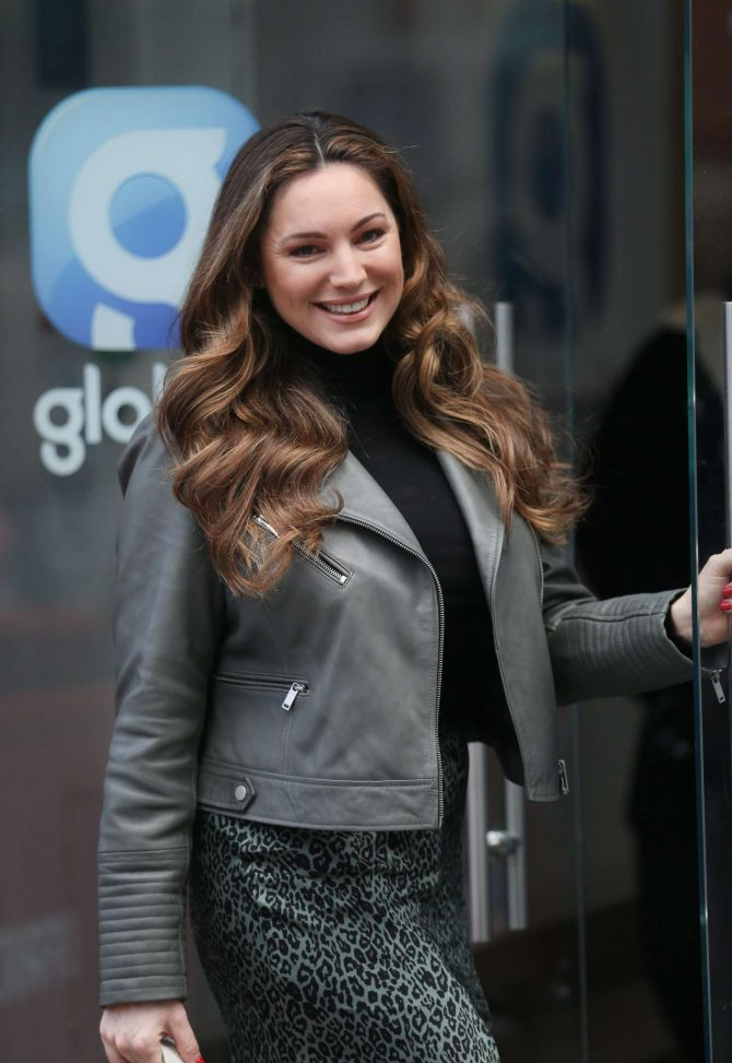 Kelly Brook – Outside Global Radio in London