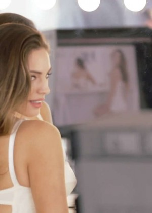 Kelly Brook Hot Photoshoot for Atkins -02