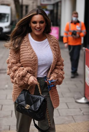 Kelly Brook - Pictured arriving her Heart radio show in London