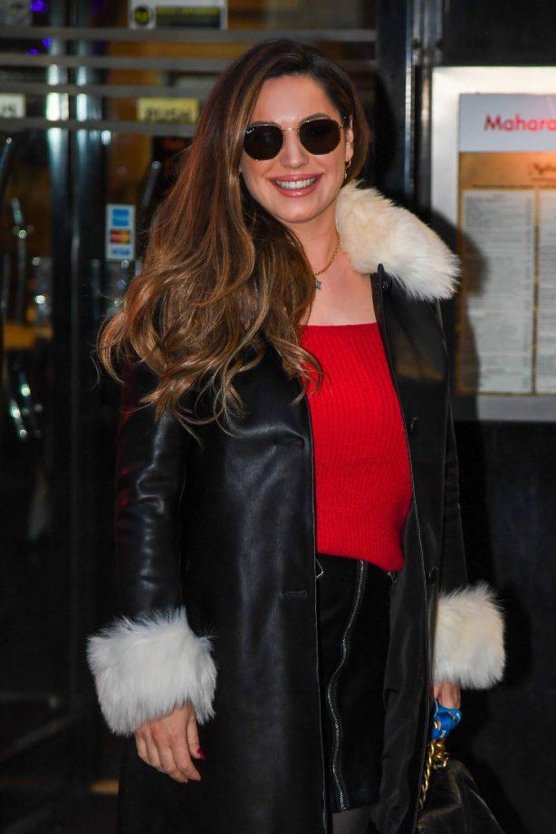 Kelly Brook - Seen arriving at Global Studios in London