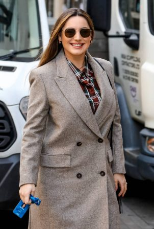Kelly Brook - Seen arriving at the Global Radio Studios in London