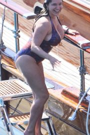 Kelly Brook - Seen On holiday in Turkey