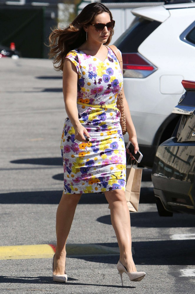 Kelly Brook in Floral Tight Dress -19