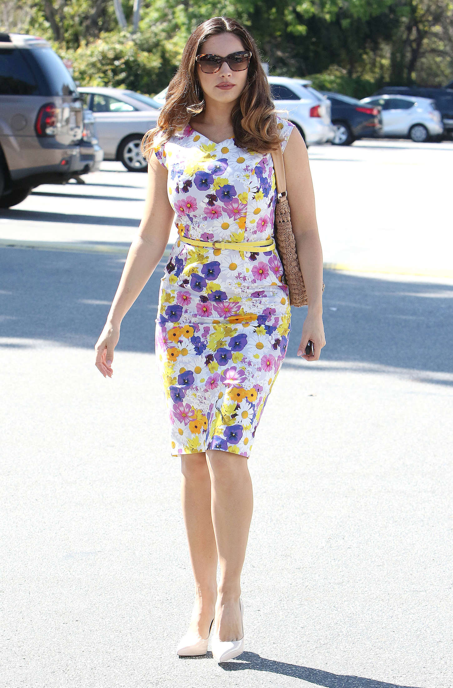 Kelly Brook 2015 : Kelly Brook in Floral Tight Dress -23