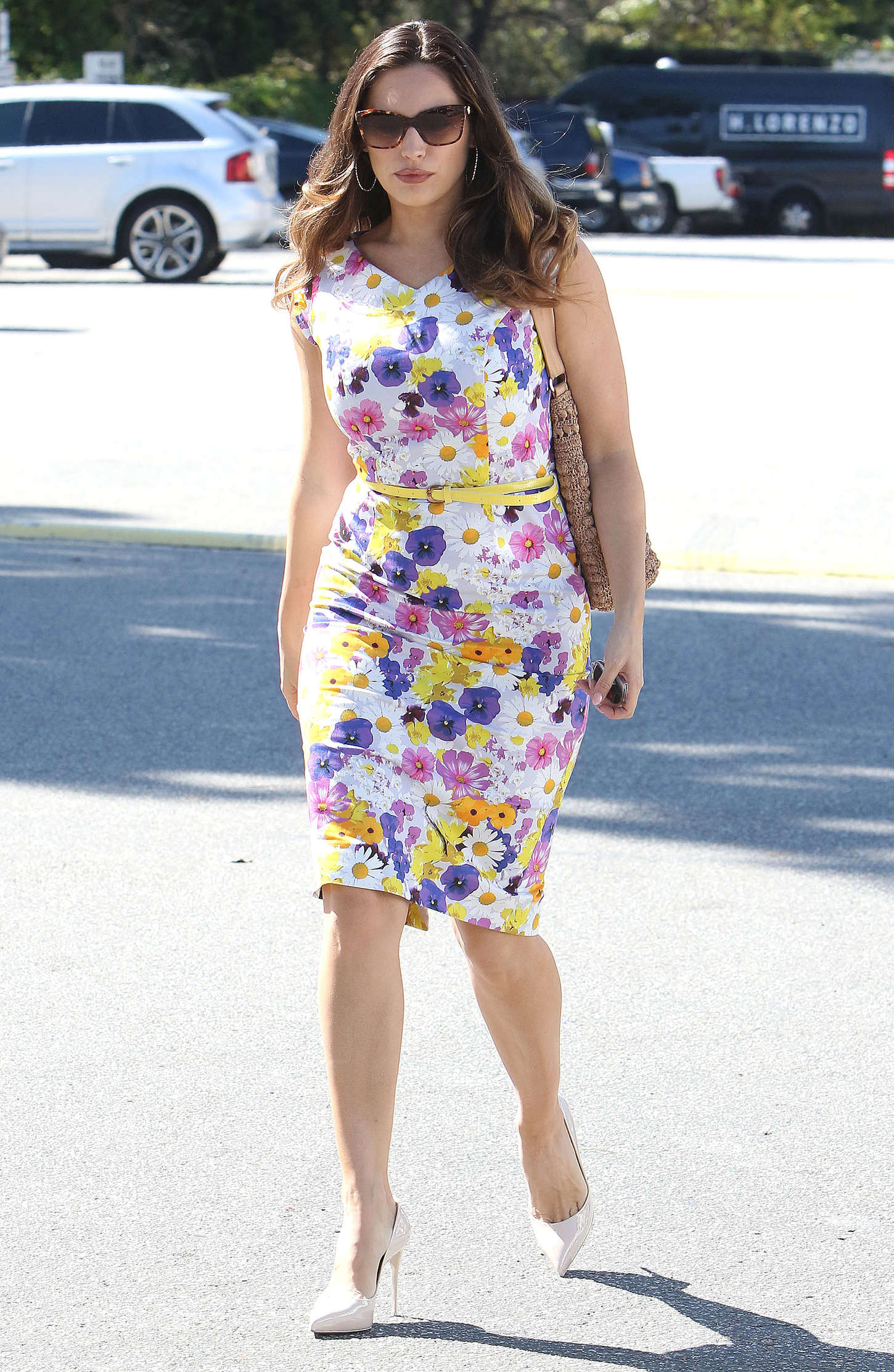 Kelly Brook 2015 : Kelly Brook in Floral Tight Dress -27