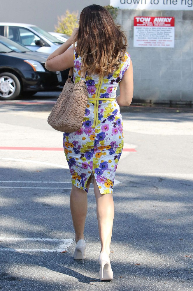 Kelly Brook in Floral Tight Dress -31