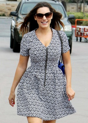 Kelly Brook in Mini Dess Shopping in Marina del Rey