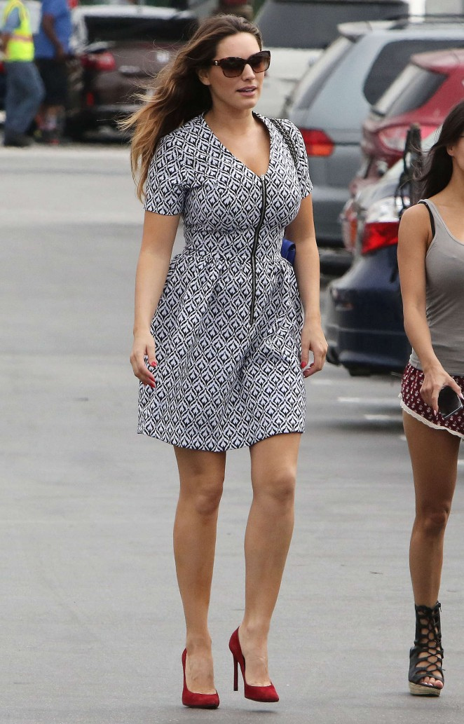 Kelly Brook in Mini Dress -16